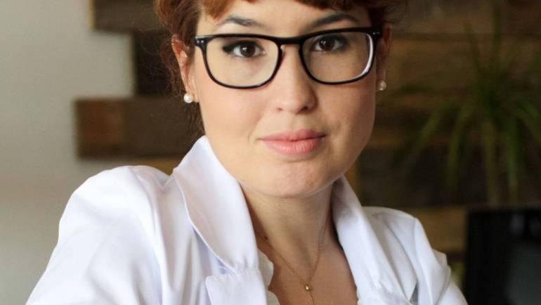 Dir. Bárbara Pérez Gouet